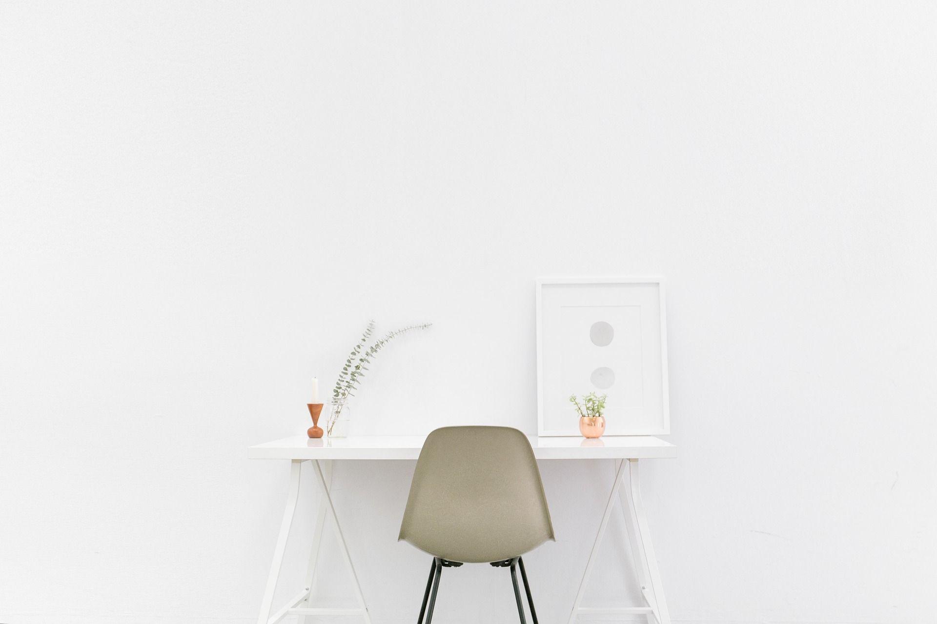 desk-1081708_1920